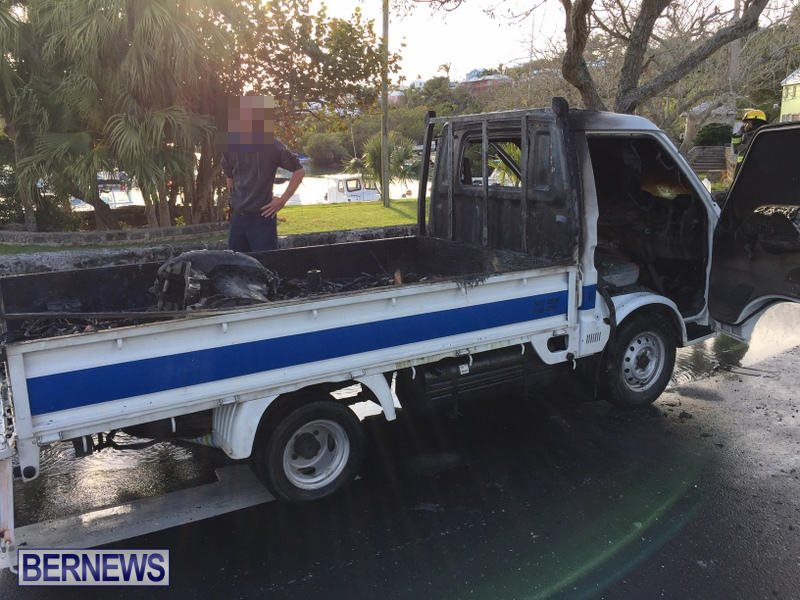 Truck Fire Hamilton Bermuda, April 15 2017 (4)