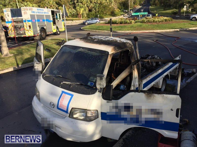 Truck Fire Hamilton Bermuda, April 15 2017 (5)