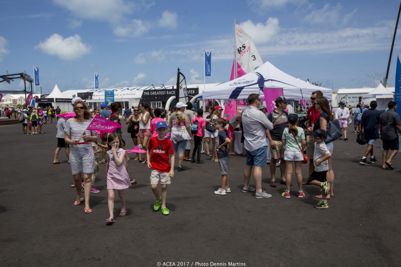 2017-May-28-Americas-Cup-Endeavour-Day-in-Dockyard-Bermuda-1