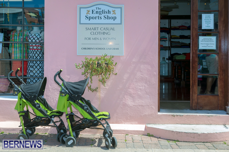 Art-Walk-Bermuda-May-27-2017-51