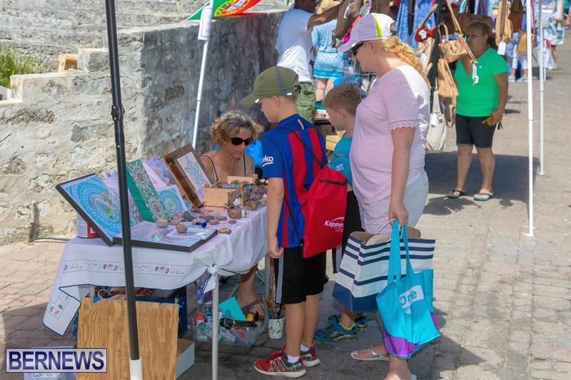 Art-Walk-Bermuda-May-27-2017-52