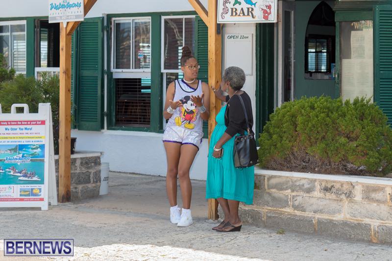 Art-Walk-Bermuda-May-27-2017-57
