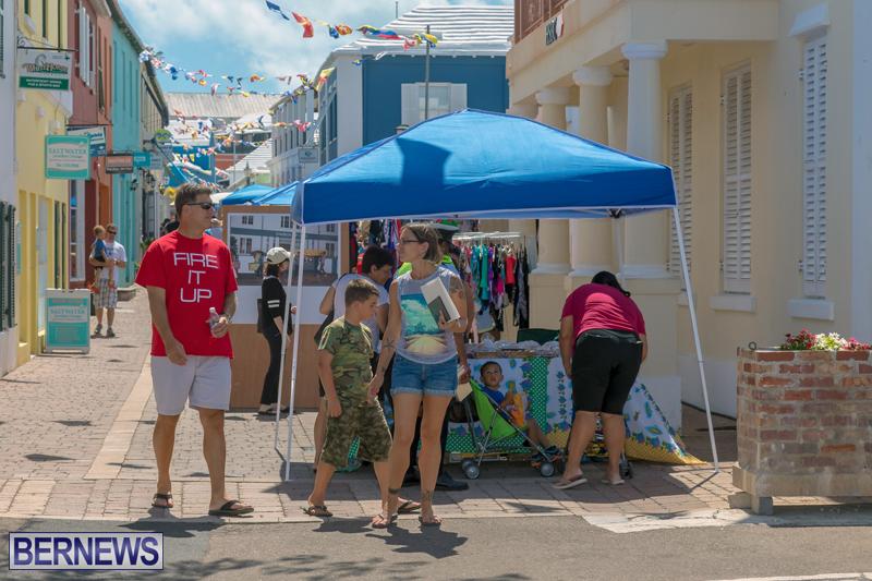 Art-Walk-Bermuda-May-27-2017-61