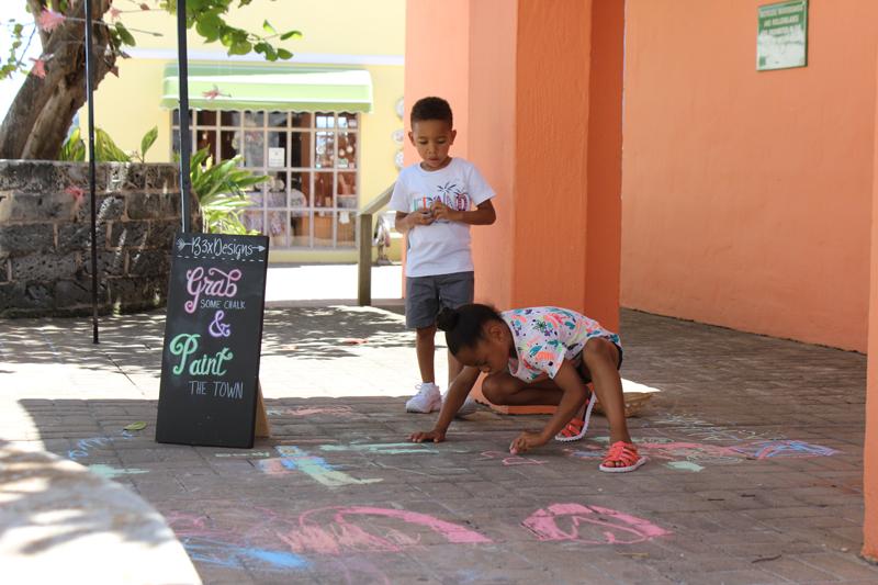 Art Walk Bermuda May 29 2017 (6)