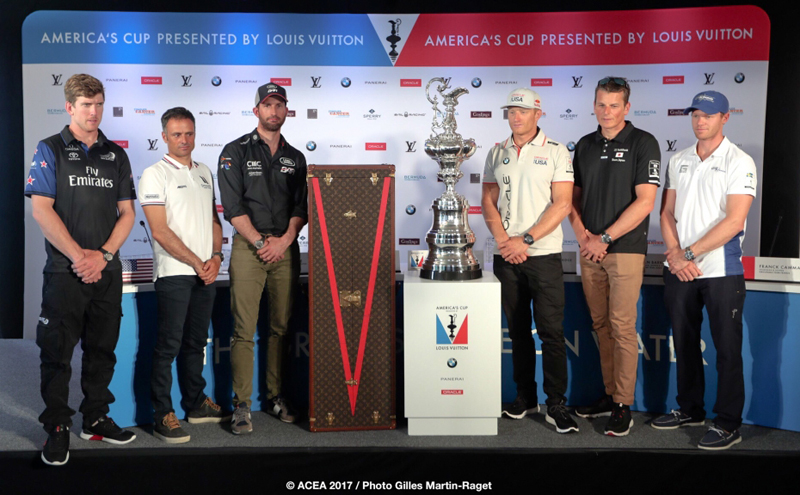 Live photos from the 35th America's Cup