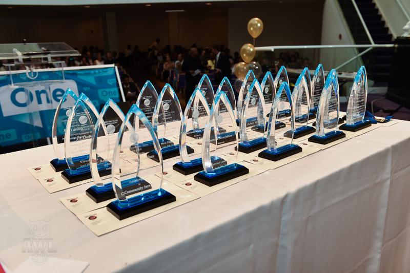 Teen-Awards-2-Bermuda-April-29-2017-1