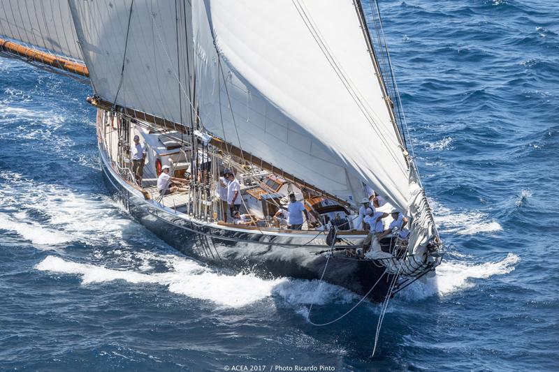 America's-Cup-Superyacht-Regatta-Bermuda-June-14-2017-25