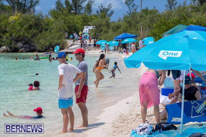 BHW-Raft-Up-Bermuda-Heroes-Weekend-June-17-2017_170618_3741