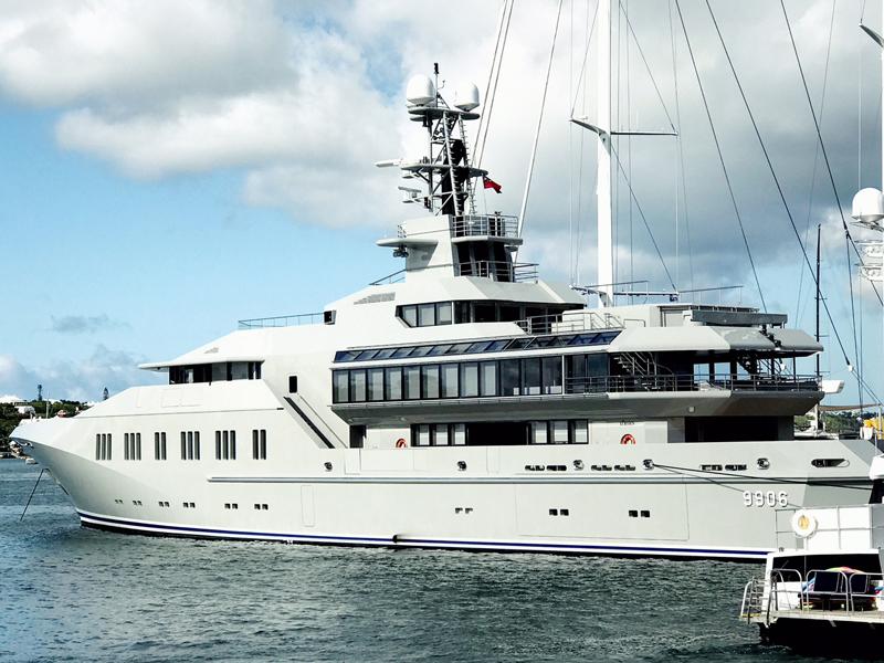 Season of superyachts Bermuda June 30 2017 (1)