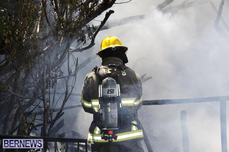 Structural fire at 11 Turk's Head Lane Bermuda July 14 2017 (10)