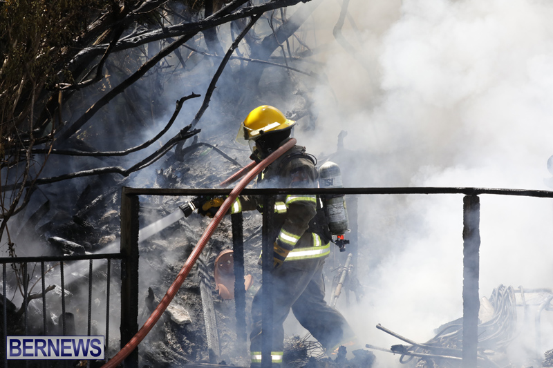Structural fire at 11 Turk's Head Lane Bermuda July 14 2017 (2)
