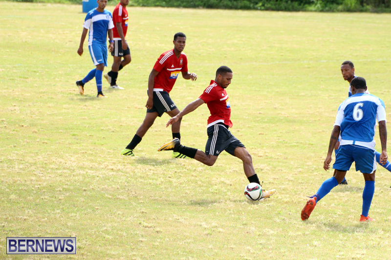 Football-First-Premier-Division-Bermuda-Sept-24-2017-13