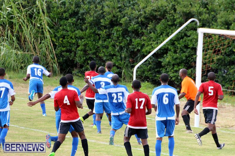 Football-First-Premier-Division-Bermuda-Sept-24-2017-14