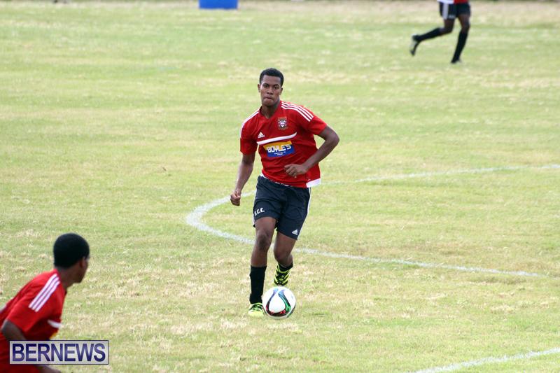 Football-First-Premier-Division-Bermuda-Sept-24-2017-5