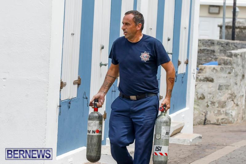 Robertson's-Drug-Store-Fire-Bermuda-September-2-2017_7866