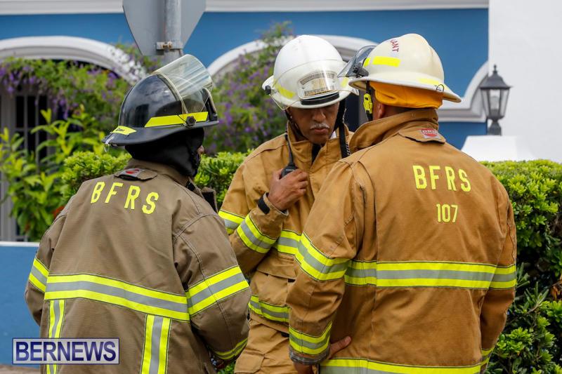 Robertson's-Drug-Store-Fire-Bermuda-September-2-2017_7885