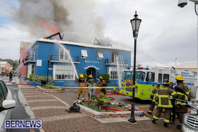 Robertson's-Drug-Store-Fire-Bermuda-September-2-2017_8293