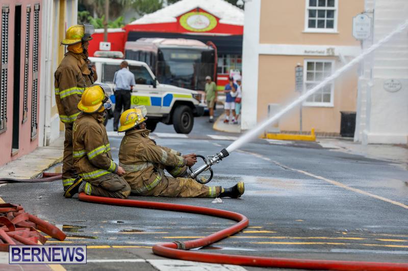 Robertson's-Drug-Store-Fire-Bermuda-September-2-2017_8400