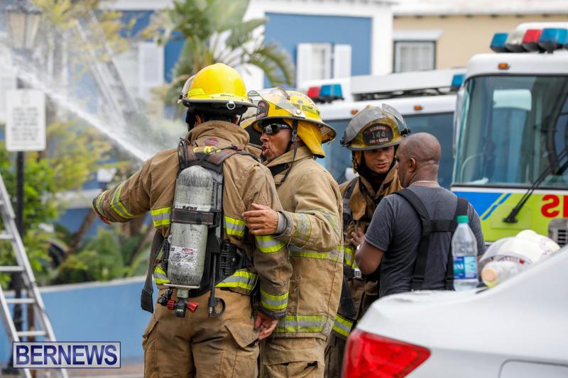 Robertson's-Drug-Store-Fire-Bermuda-September-2-2017_8422