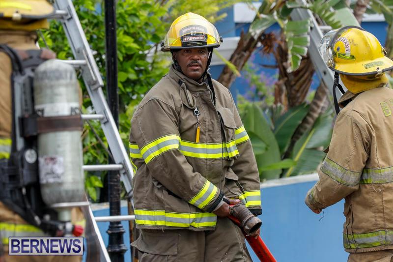 Robertson's-Drug-Store-Fire-Bermuda-September-2-2017_8439