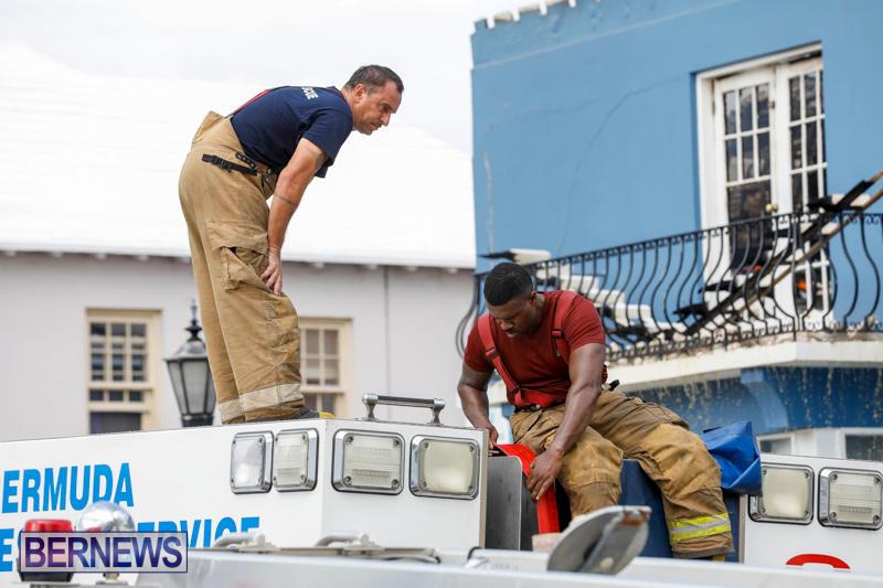 Robertson's-Drug-Store-Fire-Bermuda-September-2-2017_8648