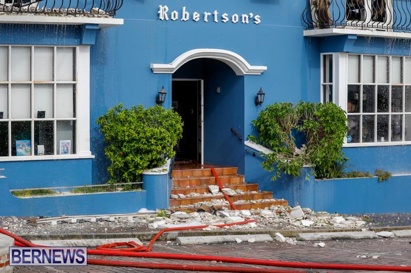 Robertson's-Drug-Store-Fire-Bermuda-September-2-2017_8682