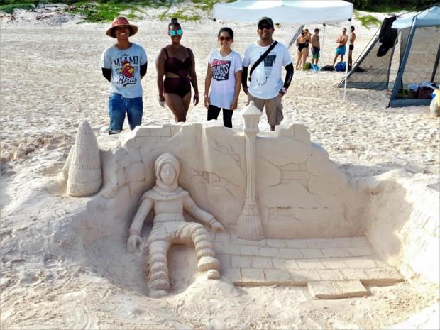 Sand Castle Competition Bermuda Sept 2017 (1)