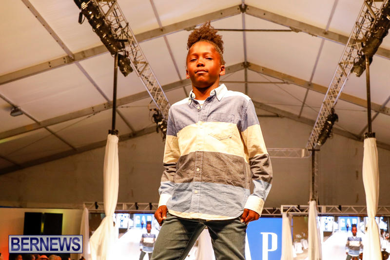 Bermuda-Fashion-Festival-Evolution-Retail-Show-H-October-29-2017_1694