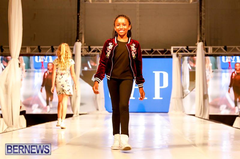 Bermuda-Fashion-Festival-Evolution-Retail-Show-H-October-29-2017_1723