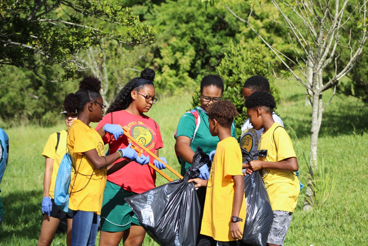 KBB Community Service Bermuda Oct 16 2017 11