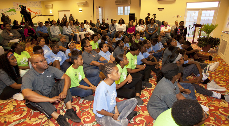 Mirrors Minister Desilva Closing Ceremony Bermuda Oct 2017 (2)