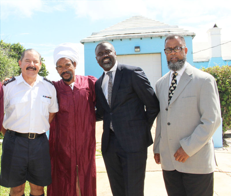 Right Living House Graduation Bermuda Oct 8 2017 (1)