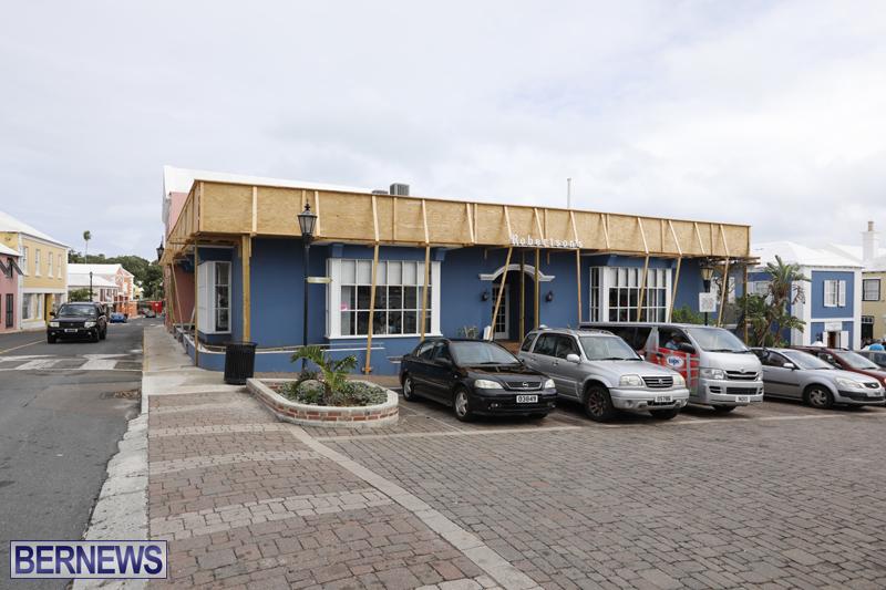 Robertson's-Drug-Store-Bermuda-Oct-17-2017-1