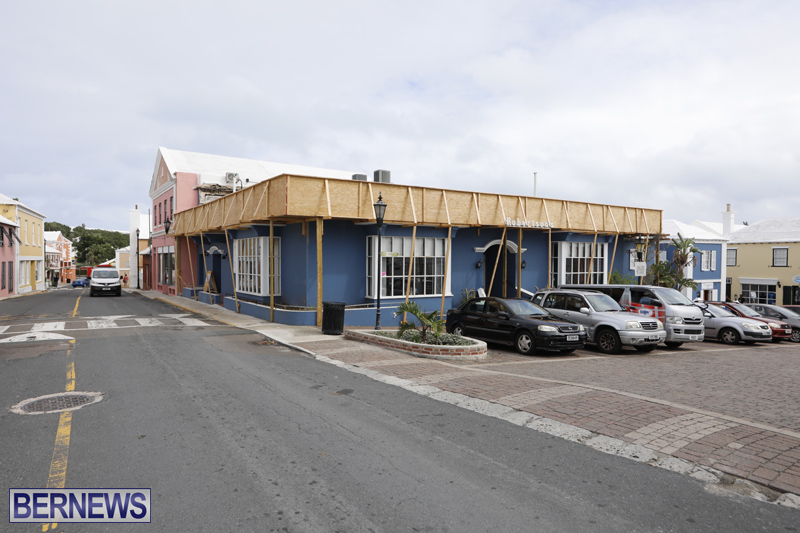 Robertson's-Drug-Store-Bermuda-Oct-17-2017-2