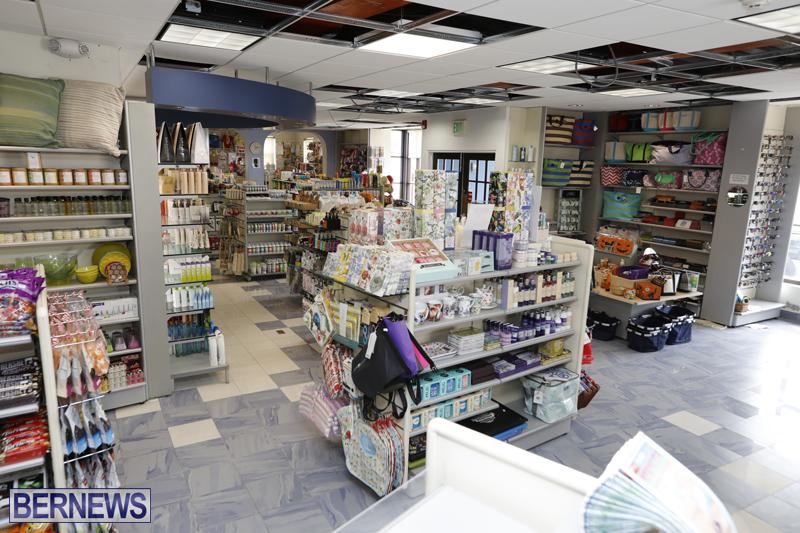 Robertson's-Drug-Store-Bermuda-Oct-17-2017-4