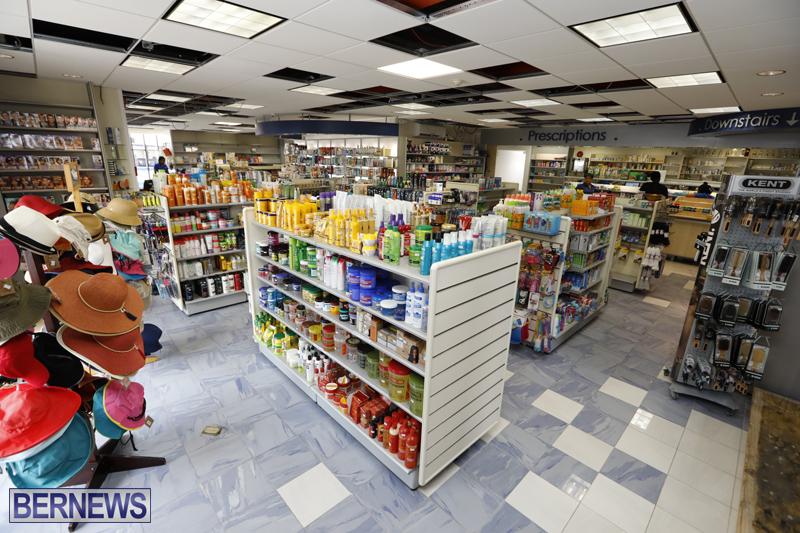 Robertson's-Drug-Store-Bermuda-Oct-17-2017-6