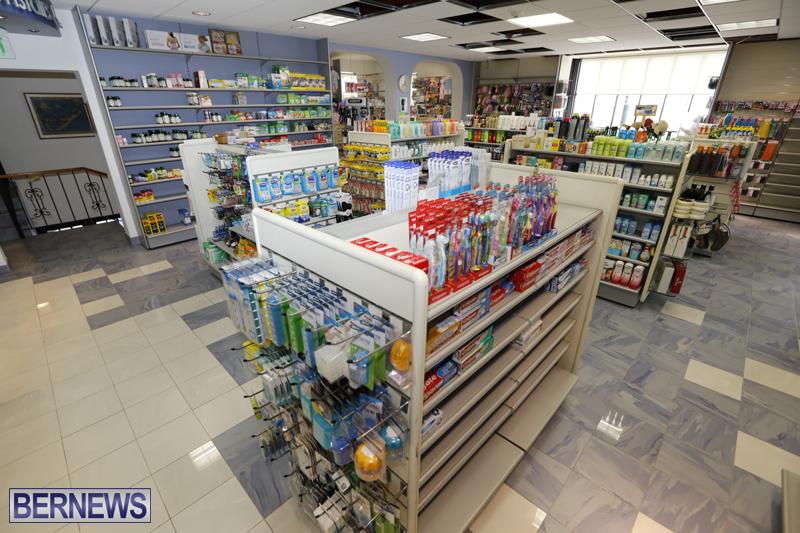 Robertson's-Drug-Store-Bermuda-Oct-17-2017-9