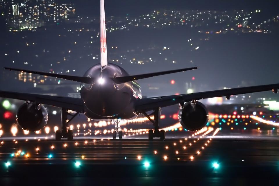 night-flight-2307018_960_720