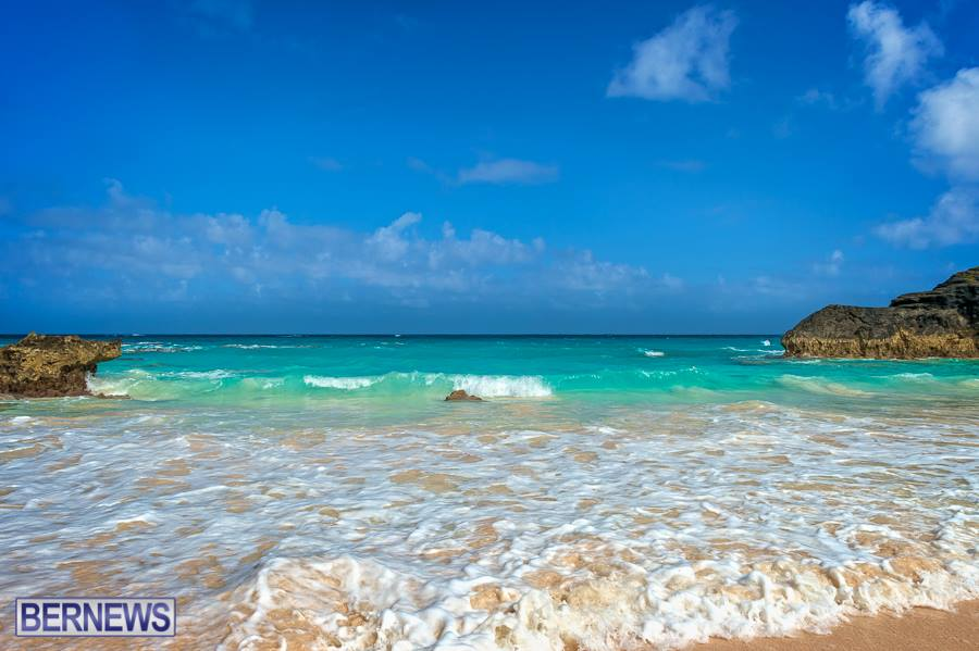 262 Very few things are as beautiful as a Bermuda beach, don't you think