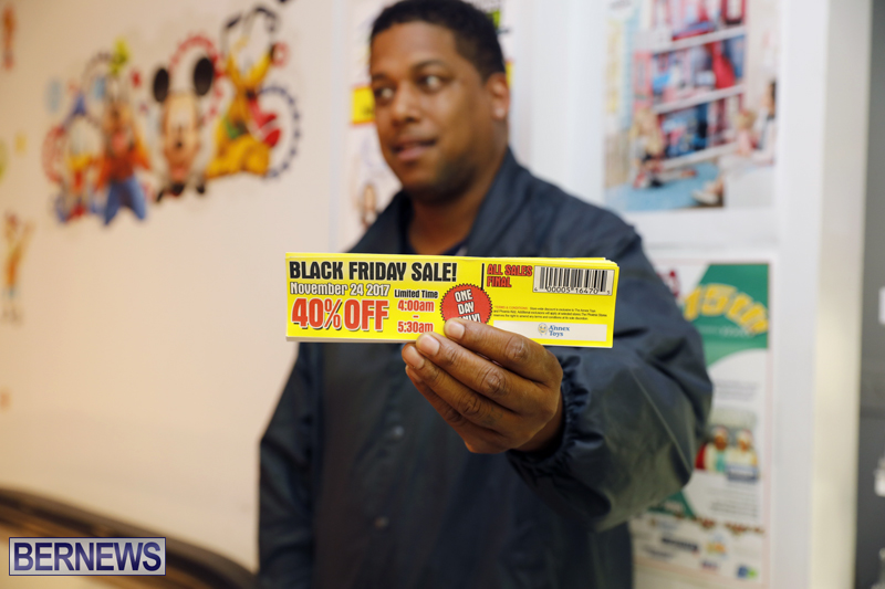Black-Friday-Bermuda-Nov-24-2017-37