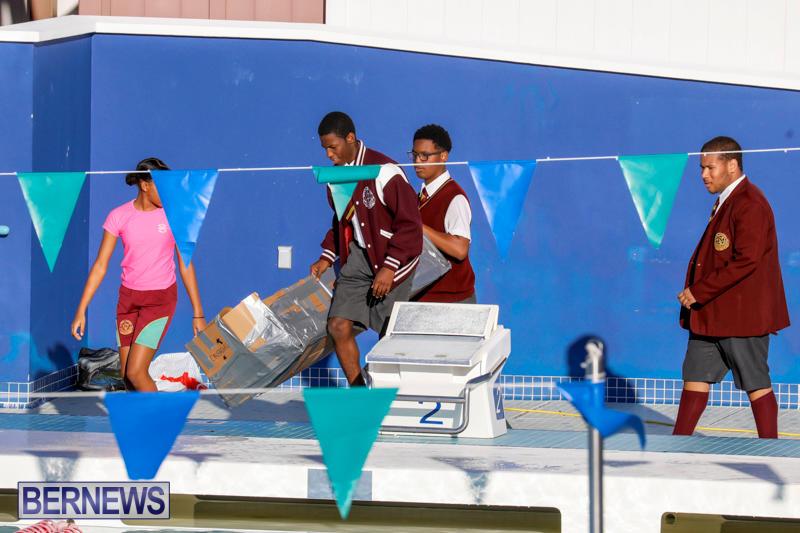 Cardboard-Boat-Challenge-Bermuda-November-16-2017_8925
