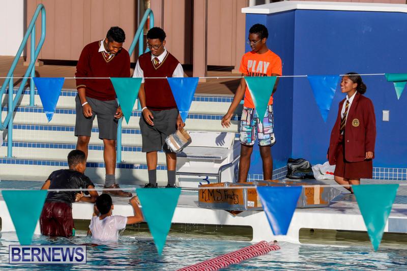 Cardboard-Boat-Challenge-Bermuda-November-16-2017_9042