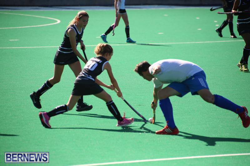 Field-Hockey-Double-Header-Bermuda-Nov-29-2017-5