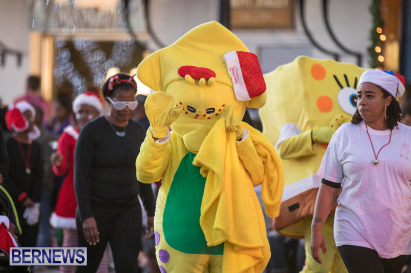 Marketplace-Christmas-Parade-Bermuda-November-26-2017_1350