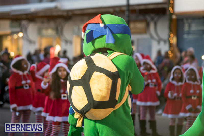 Marketplace-Christmas-Parade-Bermuda-November-26-2017_1366