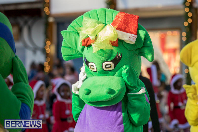 Marketplace-Christmas-Parade-Bermuda-November-26-2017_1368