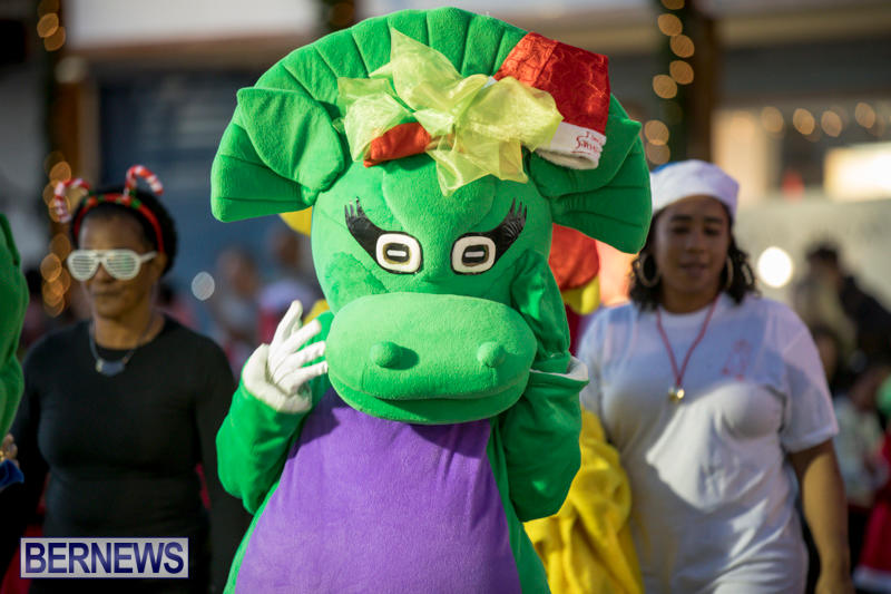 Marketplace-Christmas-Parade-Bermuda-November-26-2017_1371