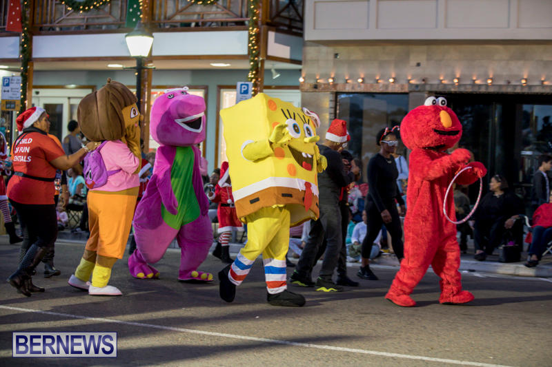 Marketplace-Christmas-Parade-Bermuda-November-26-2017_1393