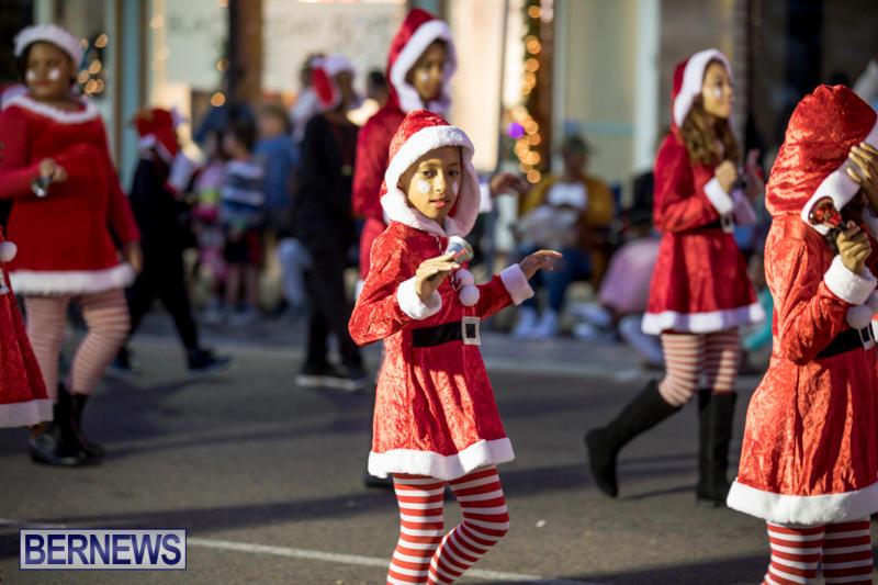 Marketplace-Christmas-Parade-Bermuda-November-26-2017_1415