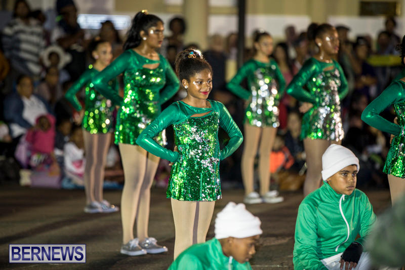 Marketplace-Christmas-Parade-Bermuda-November-26-2017_1632